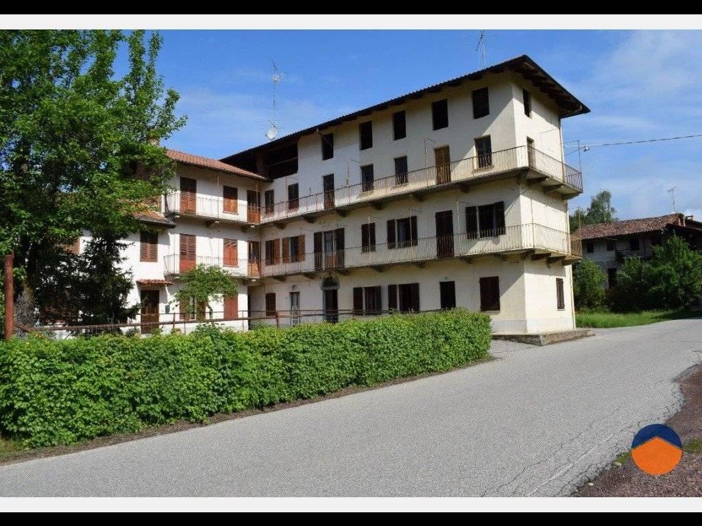 foto  Rustico / Casale Cantone Gianadda San Martino, 5, Curino