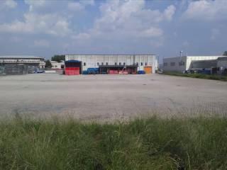Foto - Terreno edificabile industriale a Turate