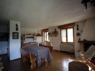 Foto - Trilocale frazione Tilly 2, Challand-Saint-Anselme