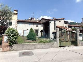 Foto - Casa indipendente corso Matteotti, 67, Montecchio Maggiore