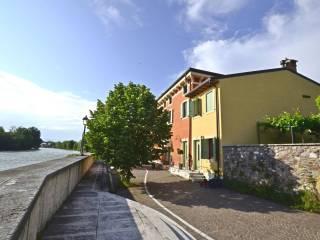 Foto - Casa indipendente via Porto 23, Pescantina
