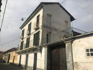Foto - Palazzo / Stabile via Ospedale 15, Rivarolo Canavese