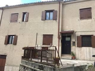 Foto - Palazzo / Stabile via Falsetto, Rocca di Mezzo
