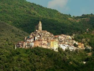 Foto - Quadrilocale via Umberto I 2, Castel Vittorio