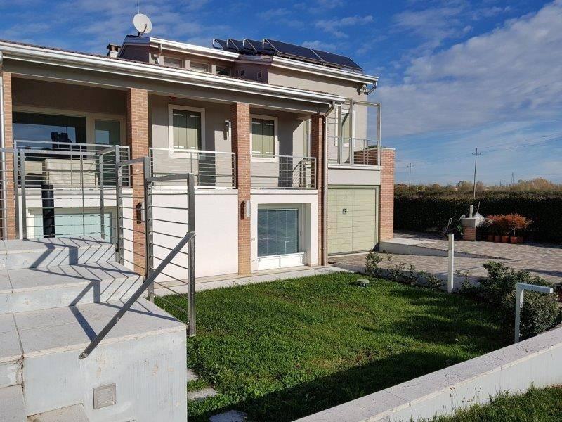 foto  Casa indipendente 200 mq, Caldogno