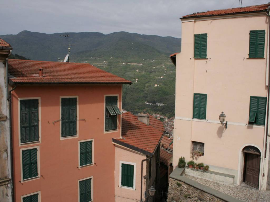 foto  Appartamento ottimo stato, primo piano, Castel Vittorio