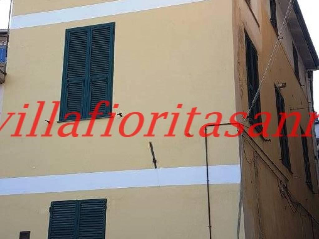 foto facciata Casa indipendente corso Italia 126, Ceriana