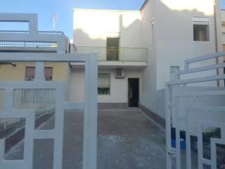 Foto - Villetta a schiera viale Empedocle 19, Gibellina