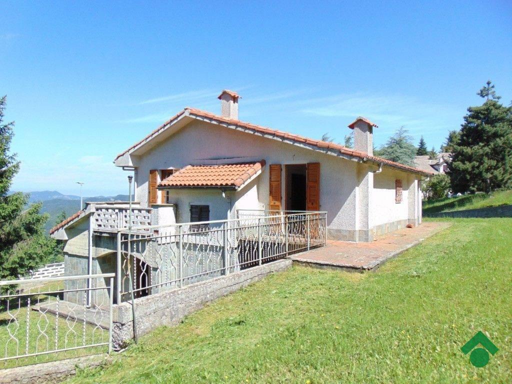foto  Villa via Martellona, Crocefieschi