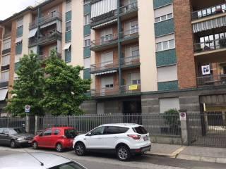 Case e appartamenti via brione torino for Affitti rivoli arredato