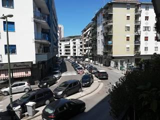 Case in Affitto: Napoli Trilocale via Michele Pietravalle, Zona Ospedaliera, Napoli