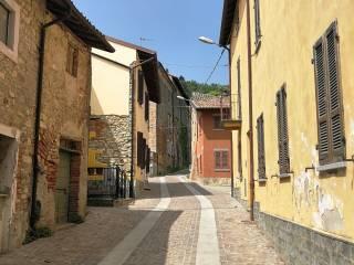 Foto - Casa indipendente via Castello 7, Montalto Pavese