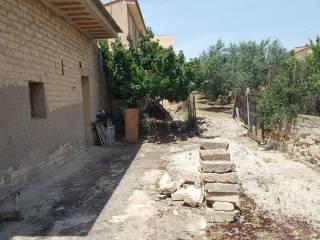 Foto - Casa indipendente Strada Provinciale  Riesi, Licata