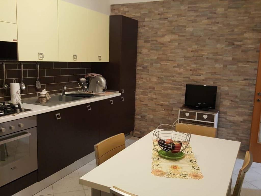 Ufficio Casa Via Pollastrini Livorno : Vendita appartamento livorno trilocale in via antonio ottimo