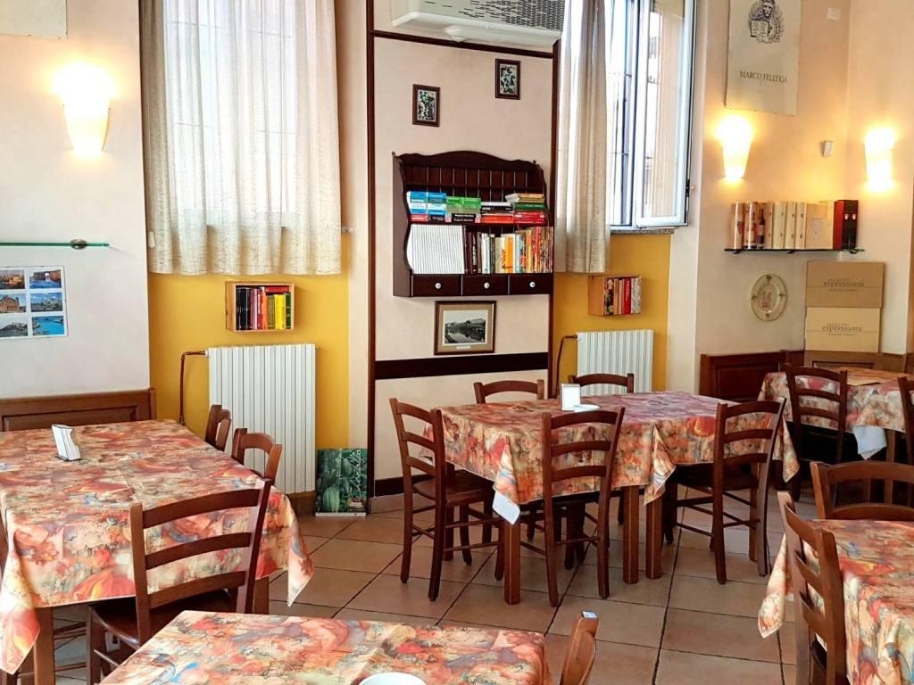 foto interno Alimentari in Vendita a Vaprio d'Adda