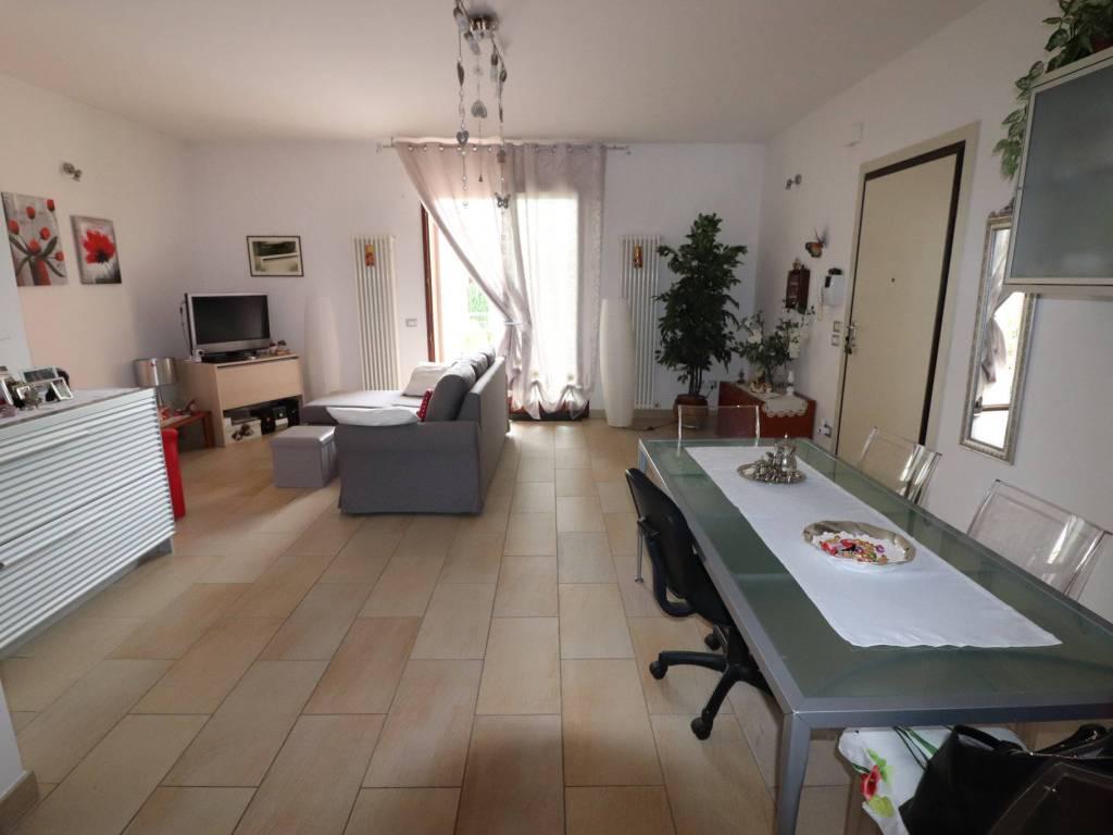 foto salone Appartamento viale Adriatico 52, Corropoli