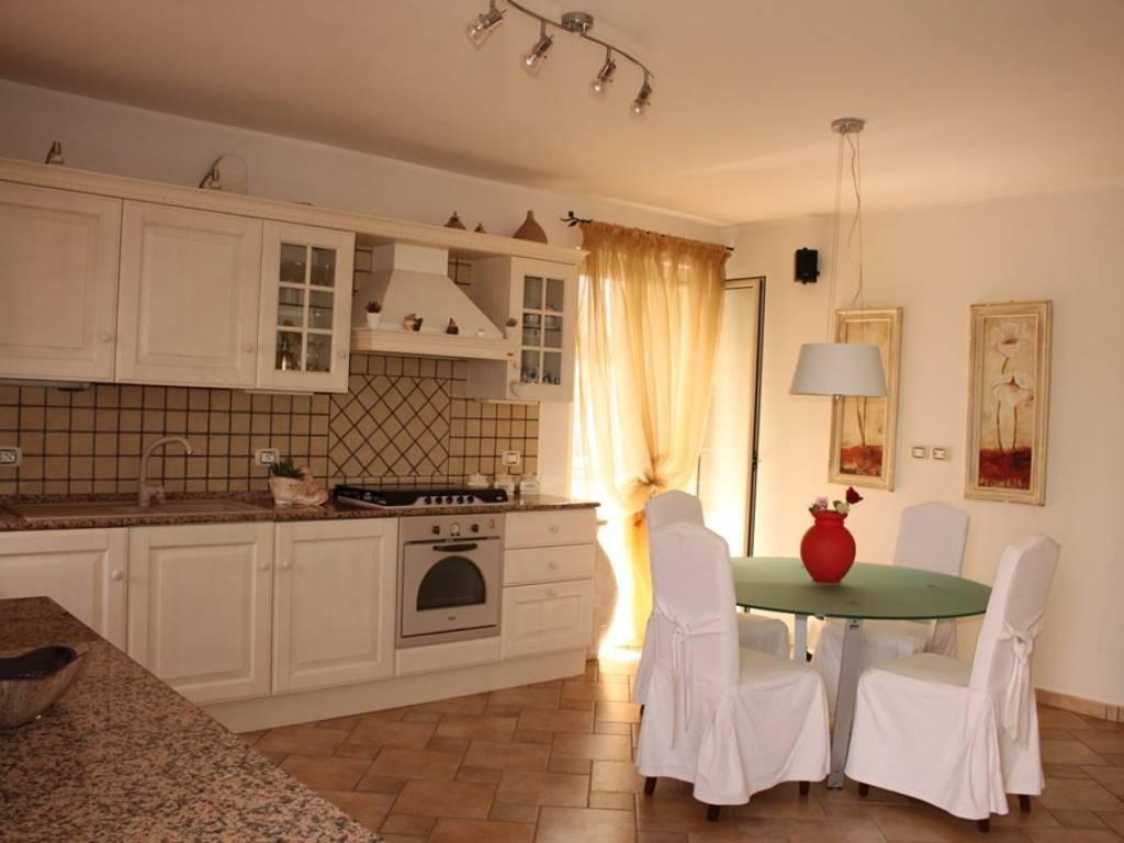 Vendita Appartamento Santa Maria del Cedro. Trilocale in via Vulcano ...