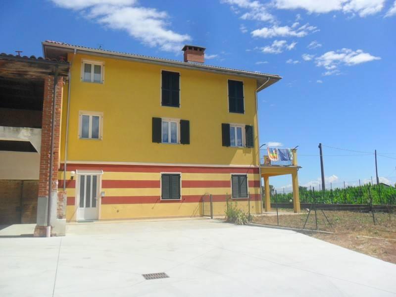 Foto 1 di Quadrilocale Via Castelletto Stura, Morozzo