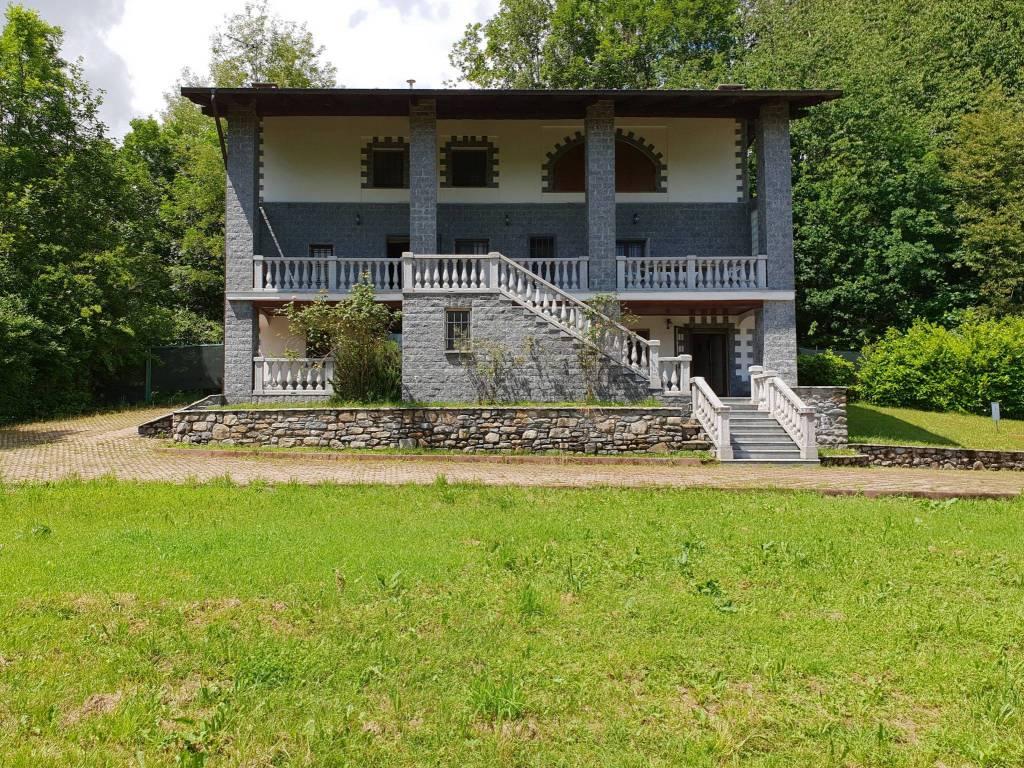 foto Facciata Single family villa regione Vignale, Val di Chy
