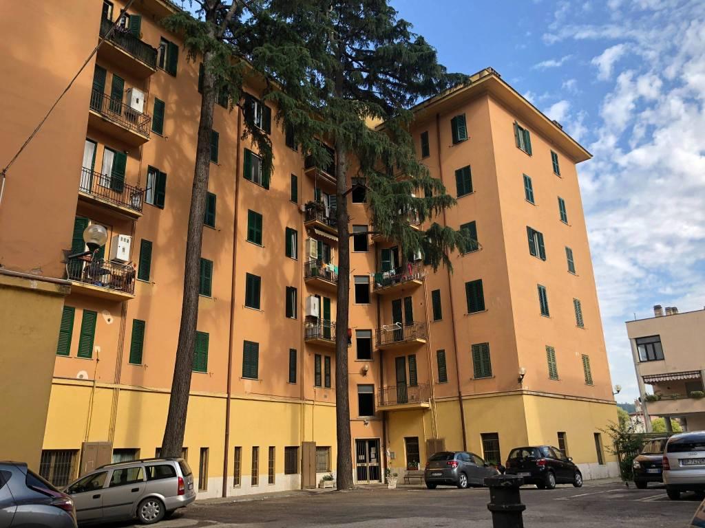 foto esterna Trilocale corso G  Garibaldi, 182, Orte