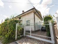 Villa In Vendita Lonate Ceppino