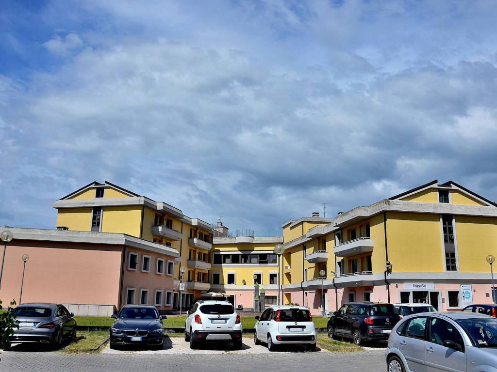 foto  Ufficio in Vendita a Spoleto