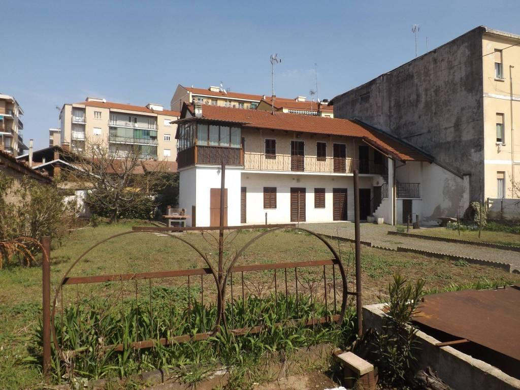 foto Esterno Farmhouse via Castellazzo, Orbassano