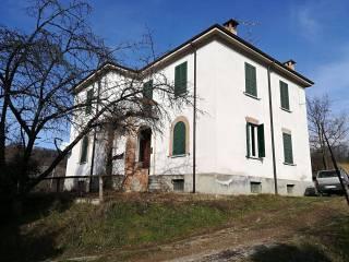 Foto - Trilocale via Vittorio Emanuele snc, Carezzano