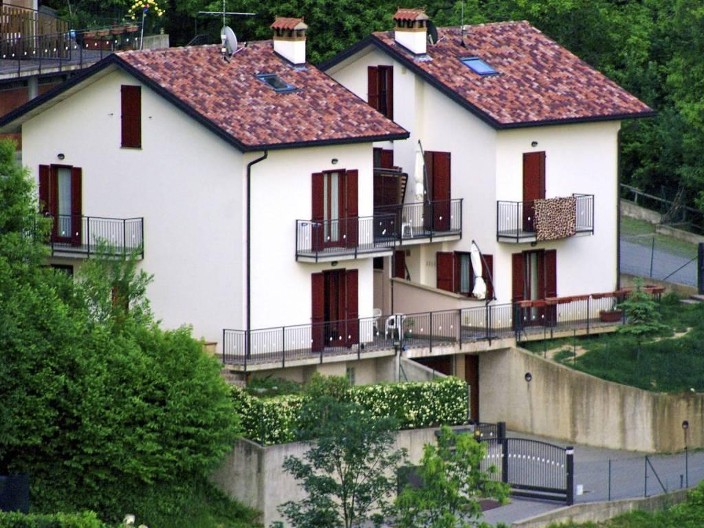 foto  Villa bifamiliare, buono stato, 156 mq, Torre de' Busi