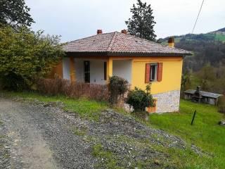 Foto - Casa indipendente 72 mq, buono stato, Capoponte, Tizzano Val Parma