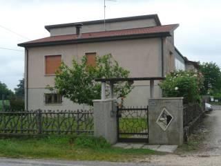Foto - Villa via Raffaello Sanzio 582, Trecenta