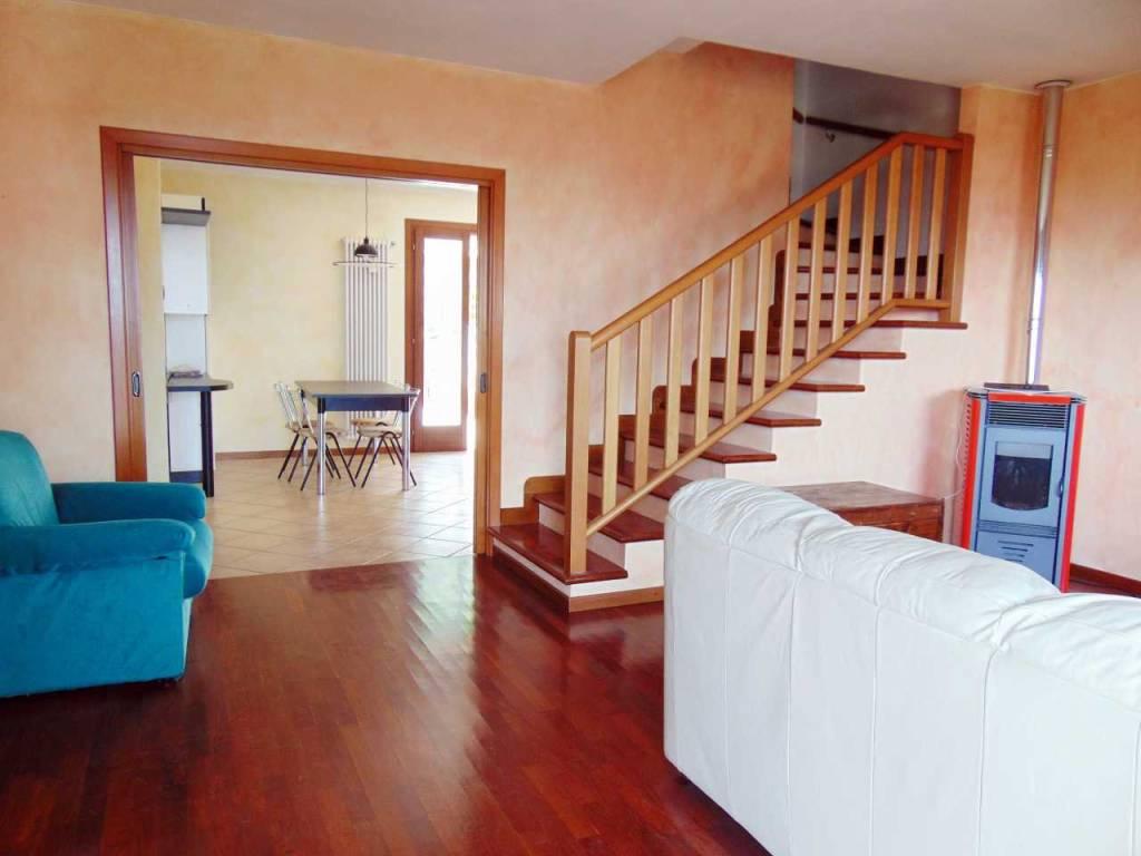 foto  Terraced house via Pegnare, Montebello Vicentino