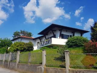 Foto - Villa unifamiliare, buono stato, 300 mq, Faloppio