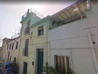 Foto - Quadrilocale via Reggio Calabria 8, Grassano