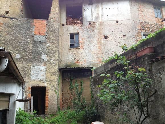 foto #canovaonline Palazzo / Stabile via Battioli 10, Maggiora
