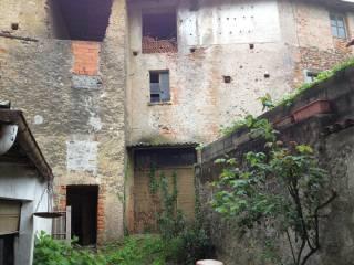 Foto - Palazzo / Stabile via Battioli 10, Maggiora
