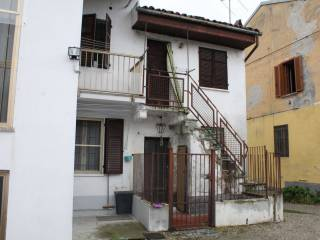 Foto - Casa indipendente via Vittorio Veneto 54, Villanova Monferrato