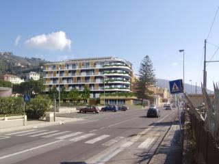 Foto - Bilocale via Aurelia 1736, Cavi, Lavagna