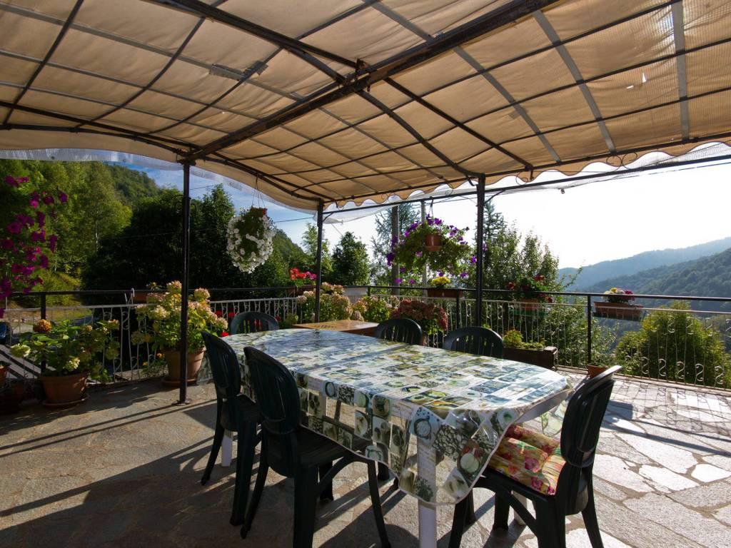 foto Terrazzo Casale via Fornaci 12, Rorà