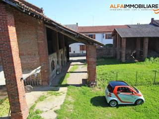 Photo - Farmhouse via San Simone 4, Casalvolone