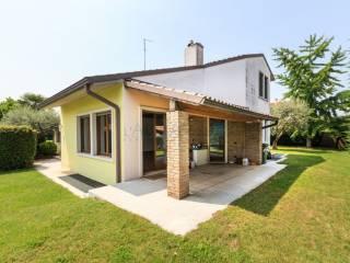 Foto - Villa, ottimo stato, 541 mq, San Giovanni Lupatoto