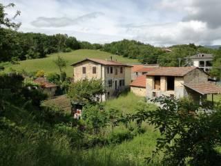 Foto - Trilocale Strada Provinciale di Carobbio 45, Tizzano Val Parma