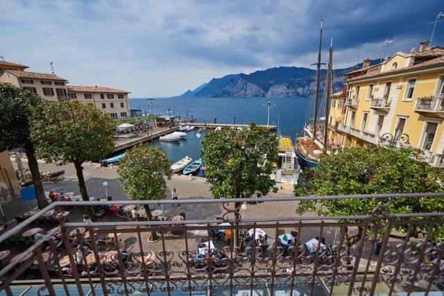 Appartamento in vendita a Malcesine, 4 locali, prezzo € 650.000 | Cambio Casa.it