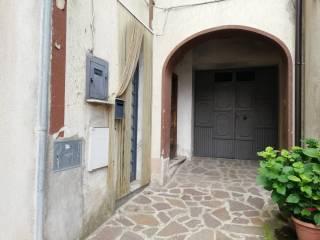 Foto - Casa indipendente piazza Umberto I, Liberi