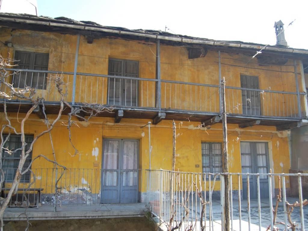 Foto 1 di Rustico Via Provinciale, Inverso Pinasca
