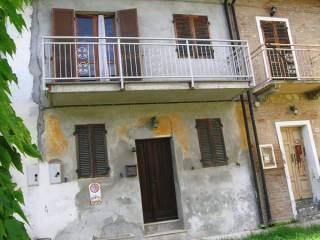 Foto - Casa indipendente via Chiesa 2, Montaldo, Cerrina Monferrato