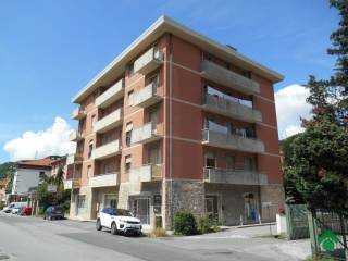 Foto - Quadrilocale via F  Canepa, 26, Castagna, Serra Riccò