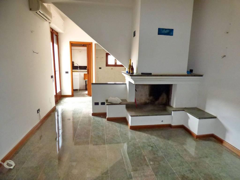 foto  Τεσσάρι καλή κατάσταση, πρώτος όροφος, Oristano