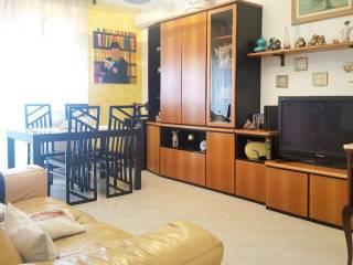 Foto - Appartamento buono stato, quarto piano, Carrara