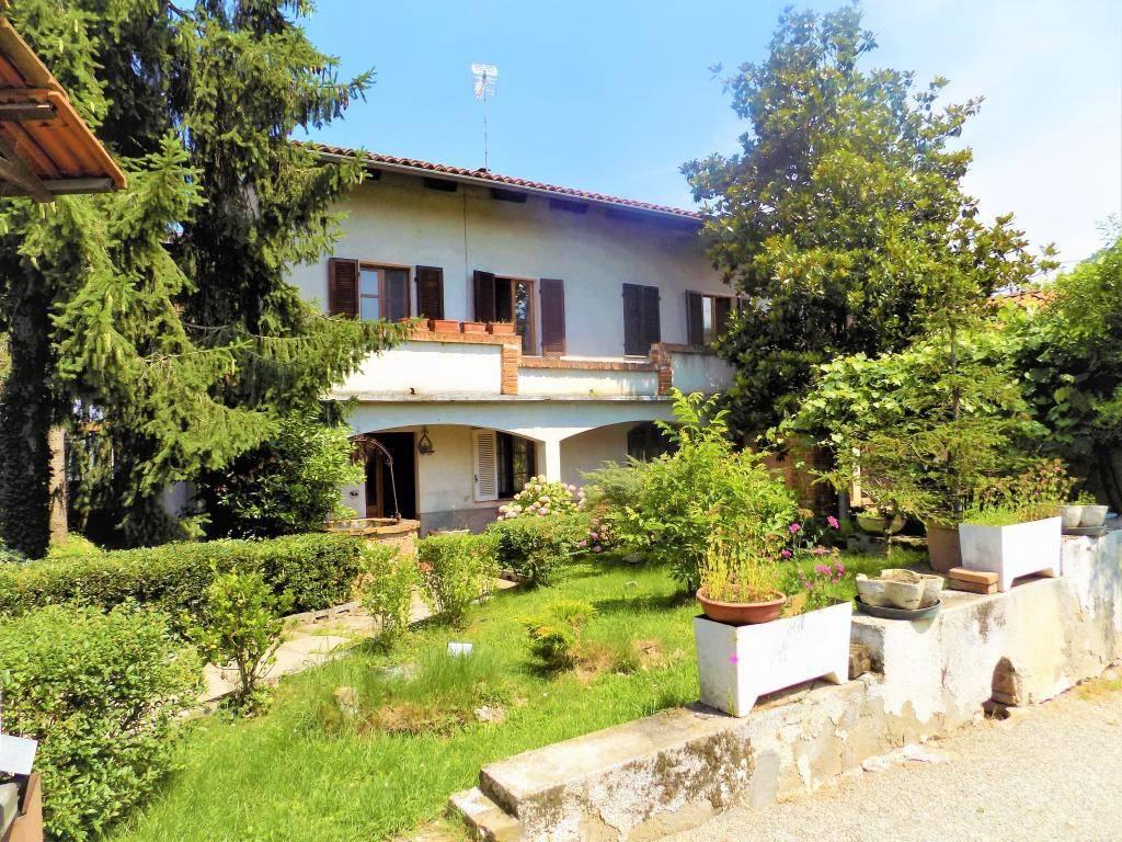 foto facciata Casa indipendente frazione Ricchiardo 2, Sommariva del Bosco